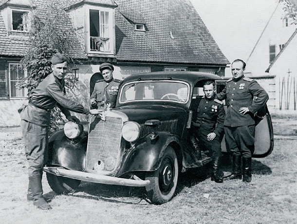 extra 3 - captured German car.jpg