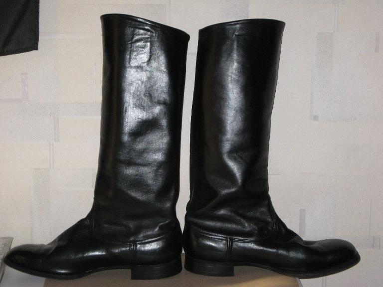 Купить модные женские сандалии от 1690 рублей